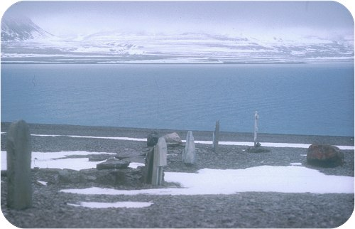 Graves of men the Franklin expedition, Beechey Island